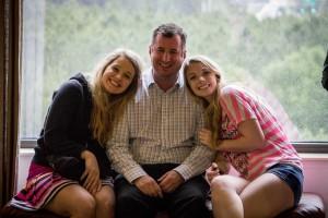 Tana Rulkova, Jessica Harms & Kyle Barber of Bellevue DECA